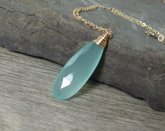 "Aqua Elongated Chalcedony Gemstone Gold 18"" Necklace"