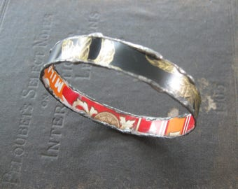 Recycled Tin Bangle Bracelet No.2 - Medium Size - Black and Red
