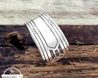 Friendship Medality Spoon Ring - Art Deco Spoon Ring - Silver Spoon Ring - Vintage Spoon Ring - Boho Ring - Art Deco Ring - Silverware Ring