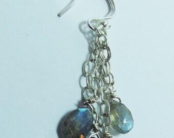 Earrings,Labradorite,Blue Flash,925 Chain,Teardrop Earrings,Dangle Earrings,Hand-Faceted,Unique Gift For Her,Stylish Earrings,Treat yourself