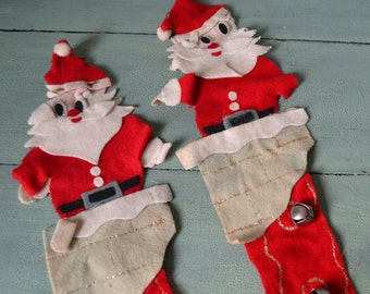 Vintage Felt Santa Claus in Chimney Christmas Wall Hangings with Jingle Bells