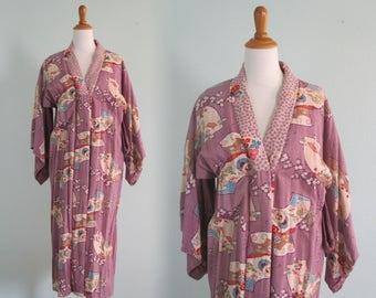 Vintage Pale Purple Cherry Blossom Print Kimono - Lavender Kimono with Red Lining - Vintage 1970s Kimono S M L