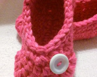 Slippers / Baby Booties / Toddler Booties / House Shoes /Children Slippers / Pink Booties / Pink Slippers