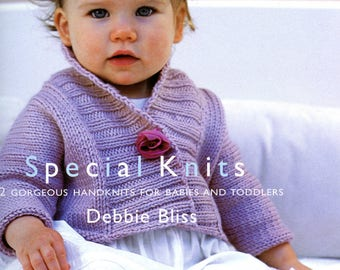 e5446f712 Baby Knitting Pattern K3517 Babies V-Neck Cardigan with Cable Design ...