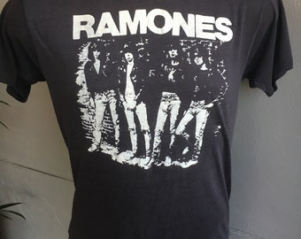 RARE Ramones early 1980s vintage tee shirt faded black