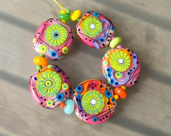 Smiling Flowers- 5 handcrafted lampwork focal beads + 6 spacer beads -Modern Glass Art by Michou P. Anderson (Brand/ Label Sonic & Yoko)