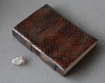 Snakeskin sketchbook in embossed brown leather  (Fountain pen friendly)