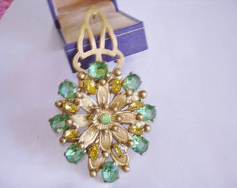 Flower Green Yellow Fur ClipColor KL design.