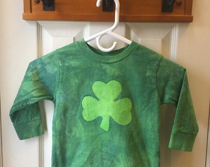 Shamrock Kids St. Patrick's Day Shirt, Kids Shamrock Shirt, Toddler Shamrock Shirt, Batik Shamrock (3T)
