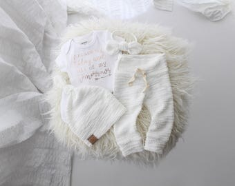 """Soft white loop gender neutral 4 piece new baby outfit 