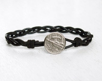 Guitar Leather Bracelet, Guitar bracelet, Music Bracelet (3 cord colors)