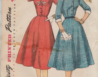 Simplicity 1427 / Vintage 50s Half Size Sewing Pattern / Shirtwaist Dress / Bust 39