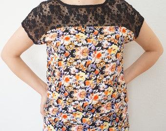 M - Floral Lace Blouse