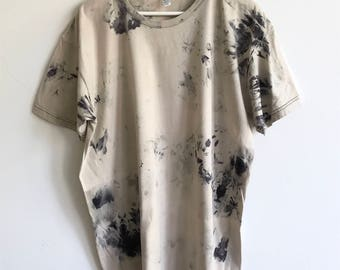 Hand Dyed Shibori T-shirt in Beige and Black Smoke Signal Pattern  - Unisex Large