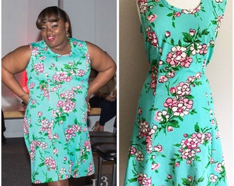 Blue Green Pink Floral Dress // Plus size 60s Dress // Bold and Bright Vintage Dress