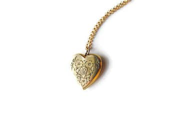 Vintage Sweetheart Locket / Bernice From Roy c.1940s