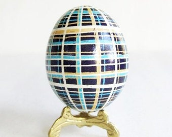 plaid chicken batik egg pysanka Ukrainian Easter egg batik chicken egg shell