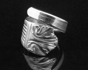 Vintage Decorative Spoon Ring, Lady Esther 1935, Maple Leaf Jewelry