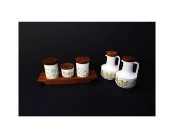 Vintage Hornsea Pottery Cruet Set