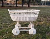Vintage Wicker Bassinet / Vintage Baby Crib / Shabby Chic Nursery / Photography Prop / Vintage Bassinet