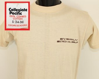 Everly 5K 10K Run vintage t-shirt XS/Small beige off-white 80s Collegiate Pacific