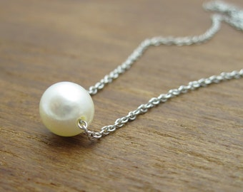 Freshwater pearl on gold link chain, Pearl with White gold necklace, Single pearl gold necklace, White pearl links necklace, Floating pearl