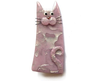 Cat Brooch pale mauve light pink named ELISA, pastel lavender cat with mustaches, Valentine's gift for cat lovers Animal polymer clay brooch