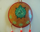 Turtle Medicine Shield , Turtle Totem Shield , Turtle Art , Hand Painted Gourd , Wall Art , Macaw Feathers , Green And Red , Gourd Shield
