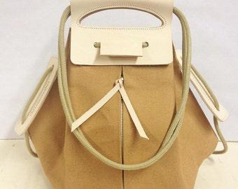 knapsack canvas leather handles / butterscotch & nude