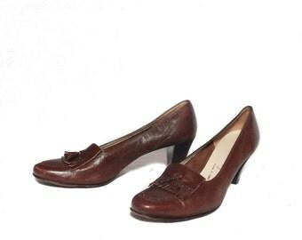 8 1/2 AAA (Extra Narrow) | Vintage Ferragamo Fringe Tassel Heels in Brown