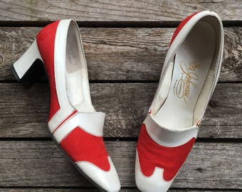 7.5 N || Women's 1960's MOD Wingtip White and Red Suede Pumps