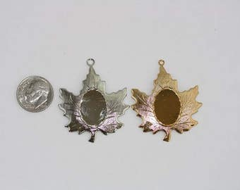 Maple Leaf 13 x 18 mm Pendants - Available in Gold or Silver