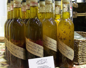 Maple Balsamics - REAL Vinaigrette Salad Dressing, Italian Bread Dip and Marinade. Made with Love and Extra Virgin Organic Olive Oil