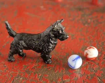 Scottie dog, cast lead dog, paperweight, miniature dog figurine, vintage black Scottie dog