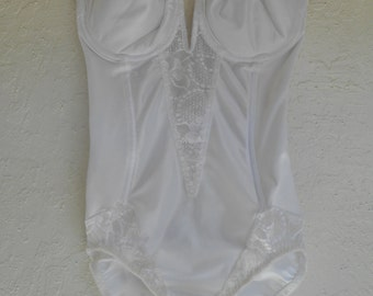 Vintage Body Briefer Shaper Strapless White Size 34C Victoria's Secret Crown Label Wedding