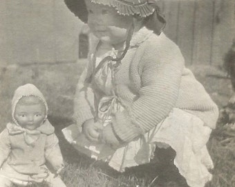 """Vintage Snapshot """"Baby Doll"""" Adorable Little Girl Sunbonnet China Doll Found Photo"""