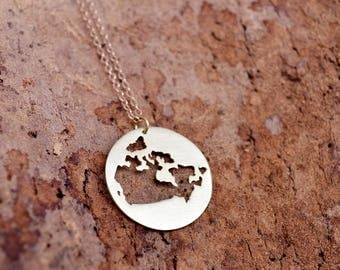 Canada Map Necklace / Canada Pendant / Love Canada Charm / Map Jewelry / Charm Country Gift /  Canadian Necklace / Moving Away Gift