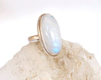 Moonstone Ring-Opalescent White Gemstone -Sterling Silver Mineral Ring-size 7-June Birthstone