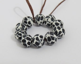 Beads, black and white beads, Animal print beads, unique beads, DIY crafts beads, beads supplies, round beads, Shygar Beads, 10 pieces