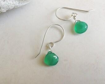 Vibrant Emerald Green Onyx Briolette Sterling Silver Drop Earrings