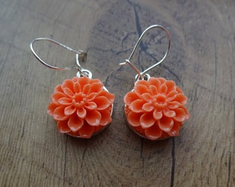 Light Salmon Pink Dahlia Hanging Flower Silver Dangle Drop Earrings