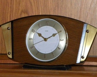 Metamec Vintage Clock - Mantel Shelf Clock - Recycled Battery Clock