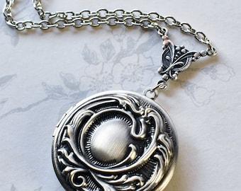 Silver Swirl Locket, Art Nouveau style locket photo locket keepsake locket romantic locket romantic gift antique silver Victorian locket