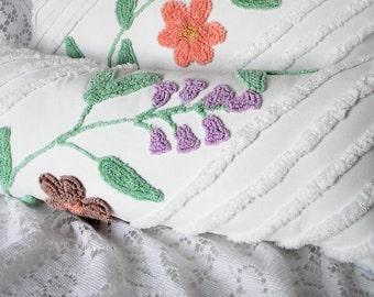 Chenille Pillow, Vintage Chenille Pillow, Lumbar Pillow, Cotton Pillow, Floral Pillow, Bed Pillow, Chair Pillow, Throw Pillow, Pillow #A16