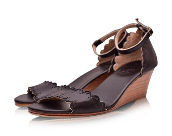 DREAMLAND. Black leather sandals / women shoes / leather sandals / wedge sandals / black shoes. Sizes 35-43. Available in different colors