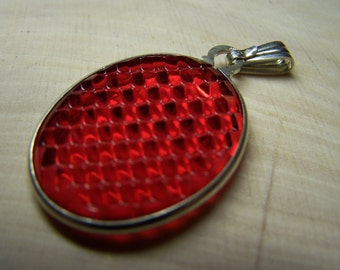RED TAIL LIGHT Lens Pendant