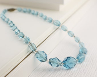 Short Choker Vintage Graduated Glass Beaded Necklace Light Blue Faceted Beads