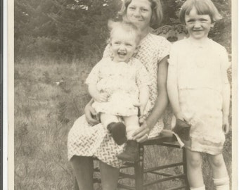 Vintage 1930's Photograph of 3 Children in a Field