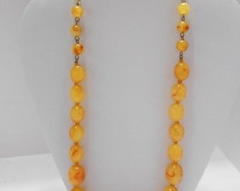 Vintage Butterscotch & Red Swirl Lucite Necklace (4587)