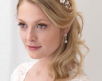Floral Bridal Headband, Flower Wedding Headband, Pearl Bridal Headband, Pearl Bridal Headpiece,Bridal Hair Accessory,Ivory Headband ~TI-3307